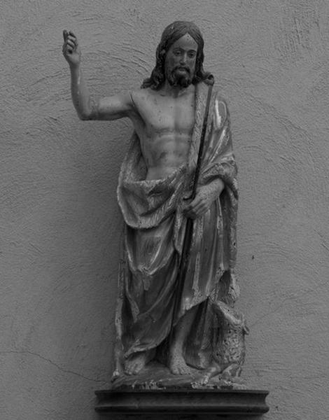 Ensemble de 2 statues : saint Jean-Baptiste, saint Pierre