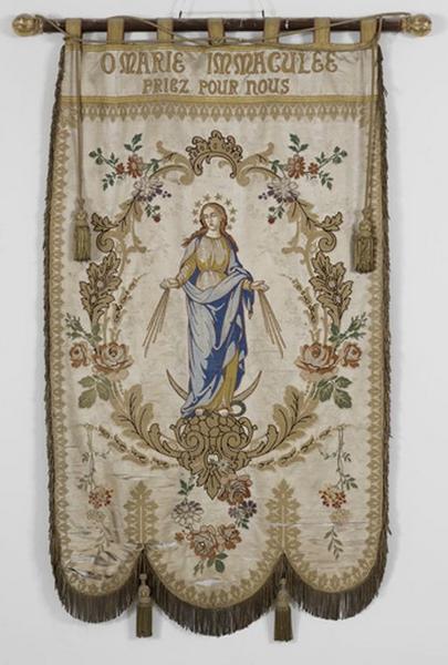 Bannière de procession de Notre-Dame-de-Lourdes