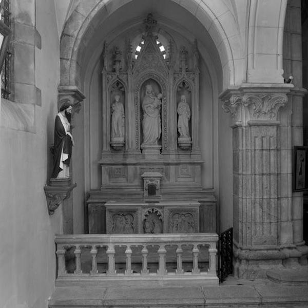 Autel de la Vierge (autel latéral nord) : autel, gradin d'autel, tabernacle, retable et clôture d'autel