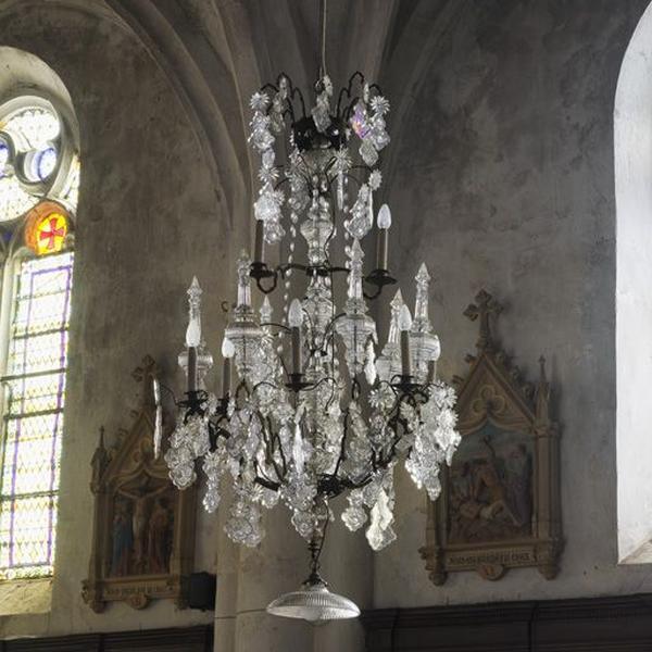 Le mobilier de l'église paroissiale Saint-Ennemond