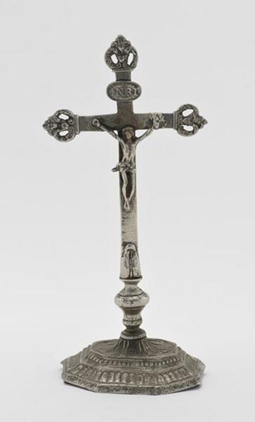 Croix d'autel (n°2)