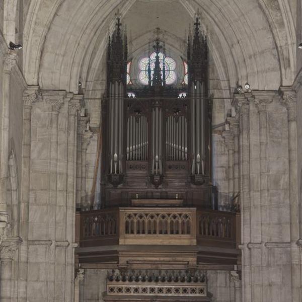 Buffet d'orgue ; orgue (grand orgue)