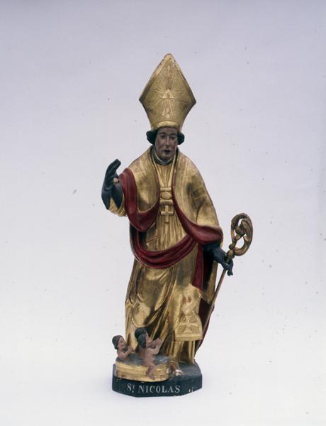 statue : saint Nicolas de Myre