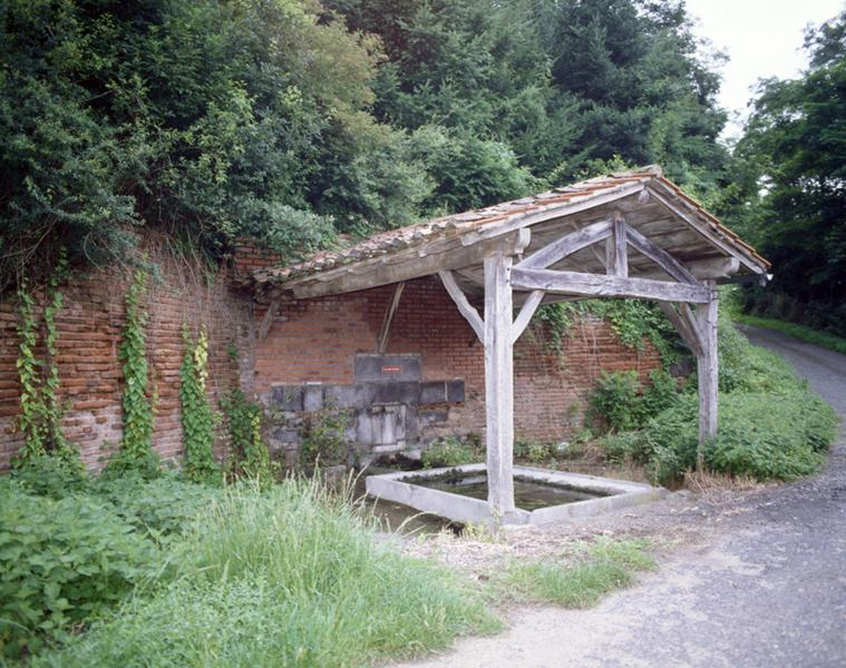 Fontaines ; lavoirs