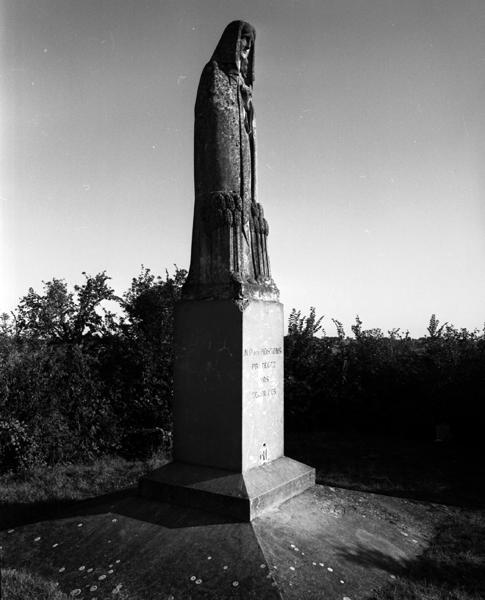 statue : Notre Dame des moissons vierge