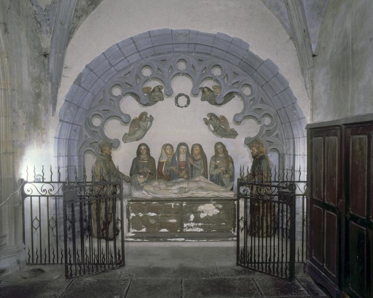Groupe sculpté : mise au tombeau