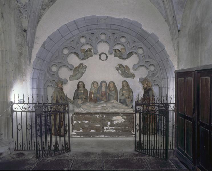 Groupe sculpté (grandeur nature) : Mise au tombeau