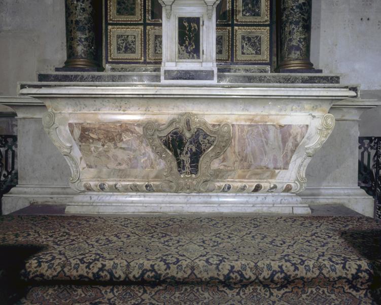 devant d'autel