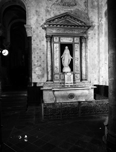 statues : Immaculée Conception, Christ
