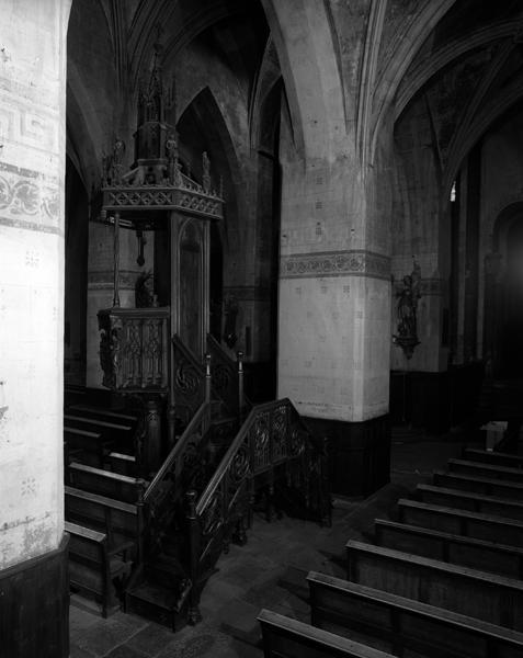 Chaire à précher de style néo-gothique