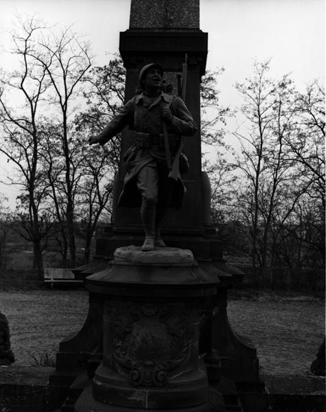 statue : la victoire en chantant