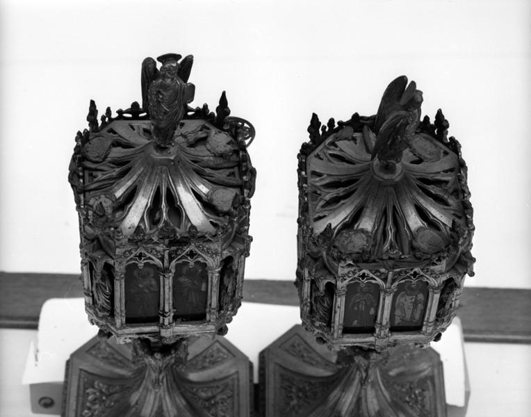 Ensemble de 2 reliquaires néo-gothique