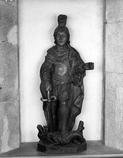 Statue (petite nature) : saint Georges