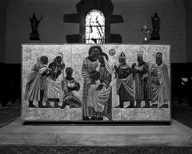 autel ; tabernacle: face antérieure, double adoration