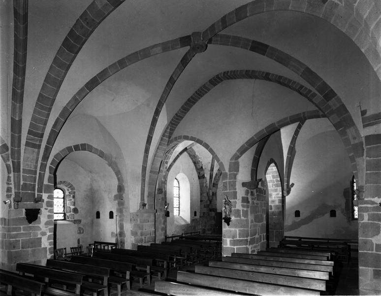 château-fort ; église paroissiale Sainte-Madeleine
