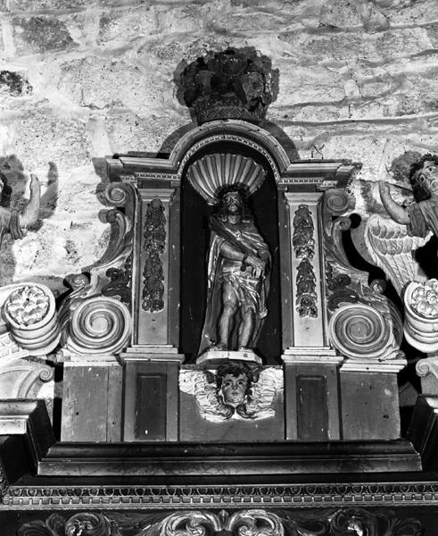Statues du retable : Le Christ aux liens, la Vierge à l'Enfant, l'éducation de la Vierge