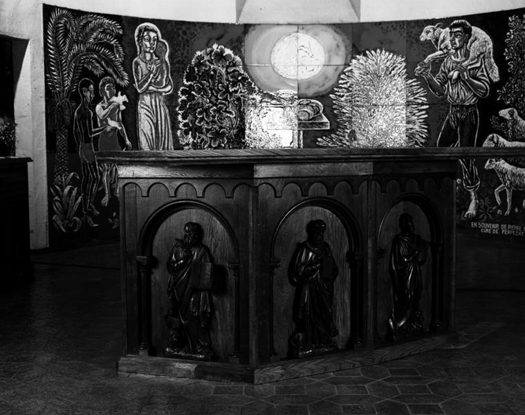 chaire à prêcher, fonts baptismaux