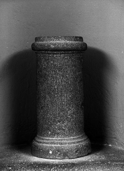 Éléments d'architecture et décor d'architecture : vestiges gallo-romains