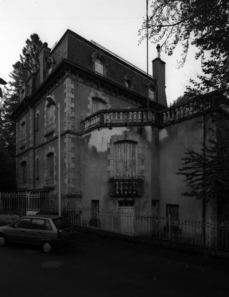 villa Ménival
