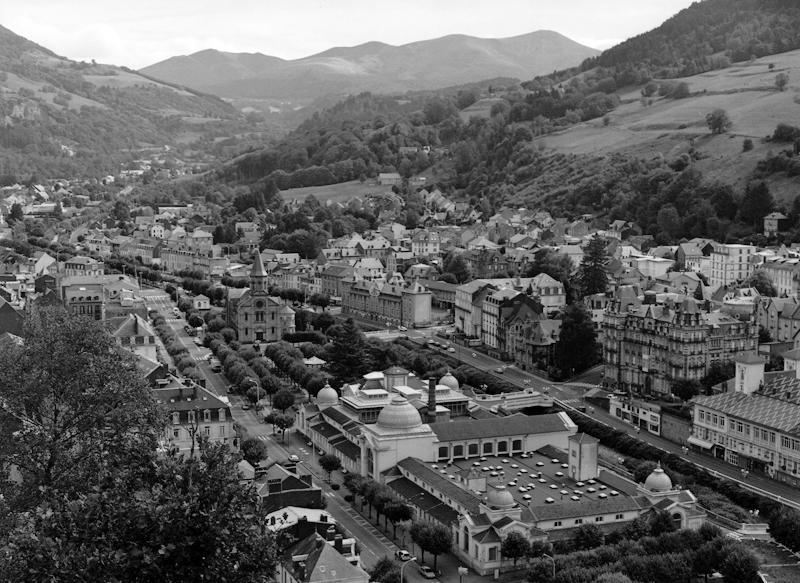 Immeuble villa des Bains, puis hôtel France et Bristol, actuellement immeuble