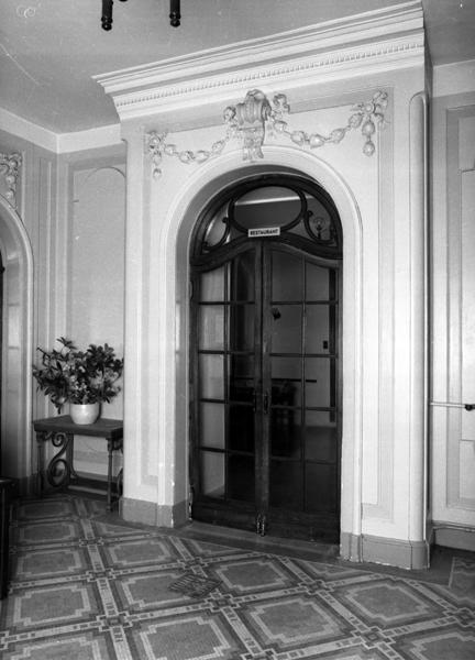 hôtel de voyageursMedicis et Palace Hôtel