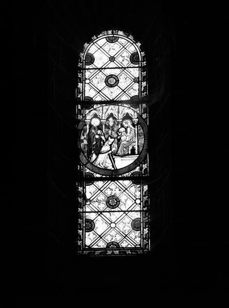 Rondel : sceau de Mgr de Dreux-Brézé (baie 100)
