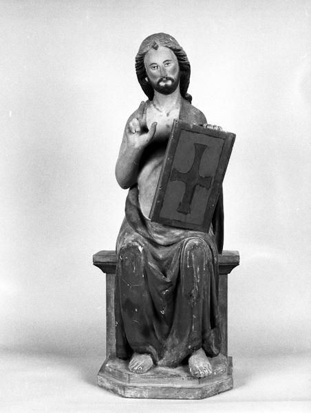 Statue : Christ en majesté