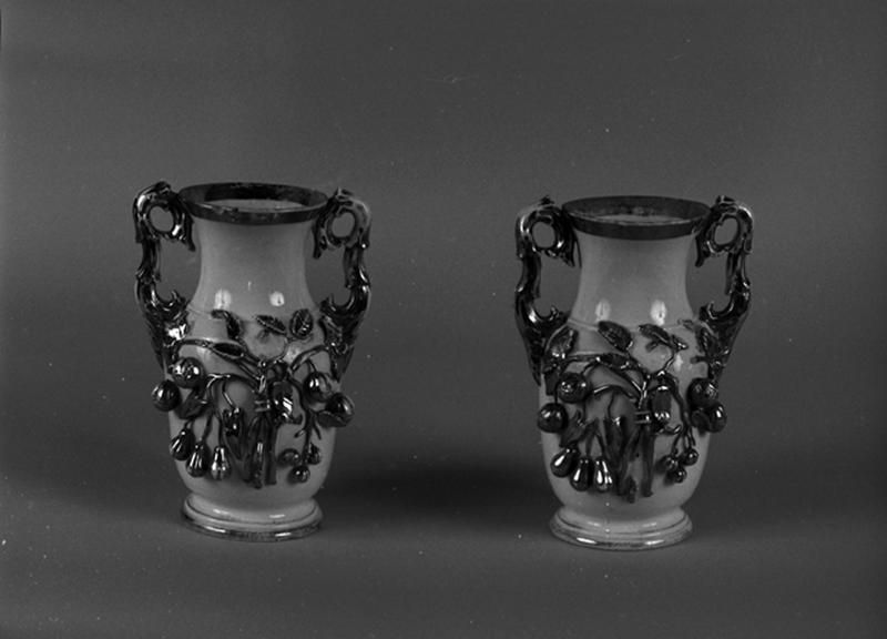 2 vases à fleurs