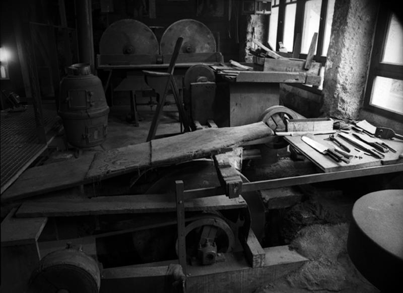 Machine à meuler (poste d'émouture)