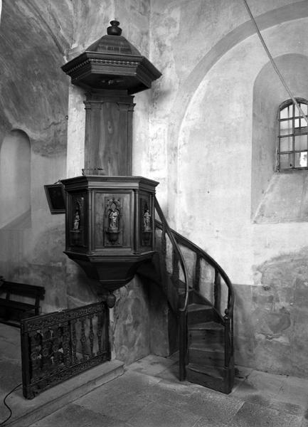 le mobilier de la chapelle Saint-Domnin