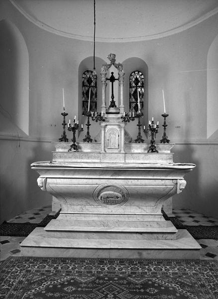 autel, 2 gradins, tabernacle, exposition