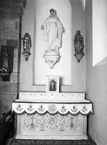 Le mobilier de l'église paroissiale Sainte-Anne
