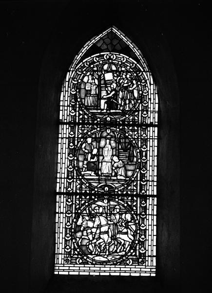 verrière : Louis II de Bourbon partant combattre les Anglais en Guyenne, Prisonniers déposant leurs fer deavant Notre-Dame d'Orcival, Départ pour la croisade.