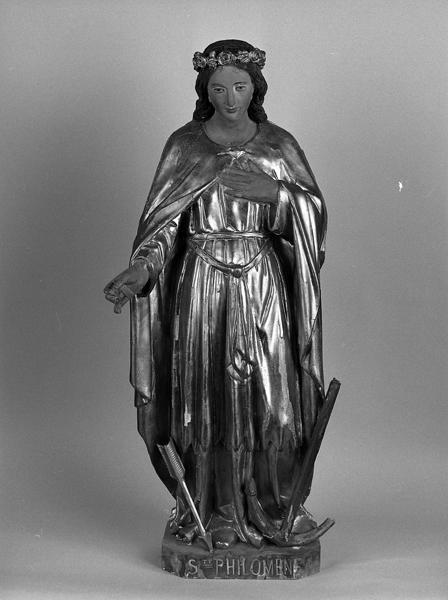 statue (statuette) : sainte Philomène