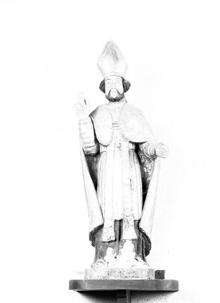 Statue : saint Blaise (demi-nature)