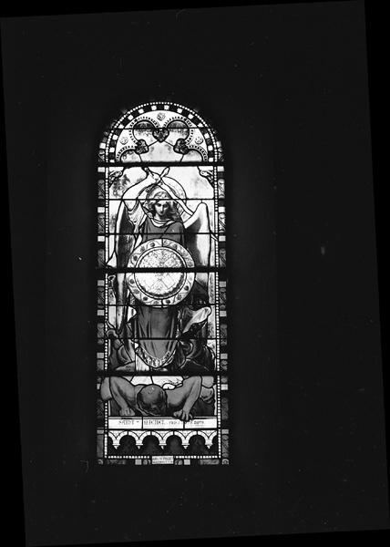 Ensemble de 11 verrières : saint Joseph (baie0), saint Bonnet (baie 0), Immaculée Conception (baie 3), saint Louis (baie 4), éducation de la Vierge (baie 5), Vierge à l'énfant (baie 6), saint Jean-Baptiste (baie 7), saint Pierre (baie 8), saint Alexis (baie 9), saint François Xavier (baie 10), saint Michel (baie 11), saint Blaise (baie 12)