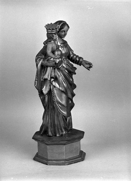 Statue (statuette) de la Vierge à L'Enfant (n°1)