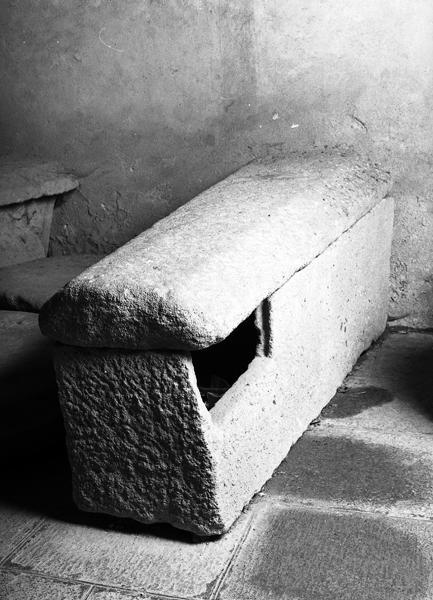 Sarcophage présumé de saint Blaise