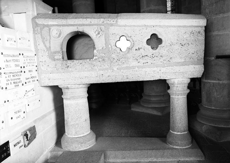 Sarcophage de saint Menou