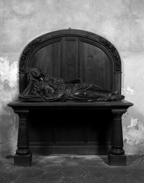 statue : sainte Madeleine pénitente