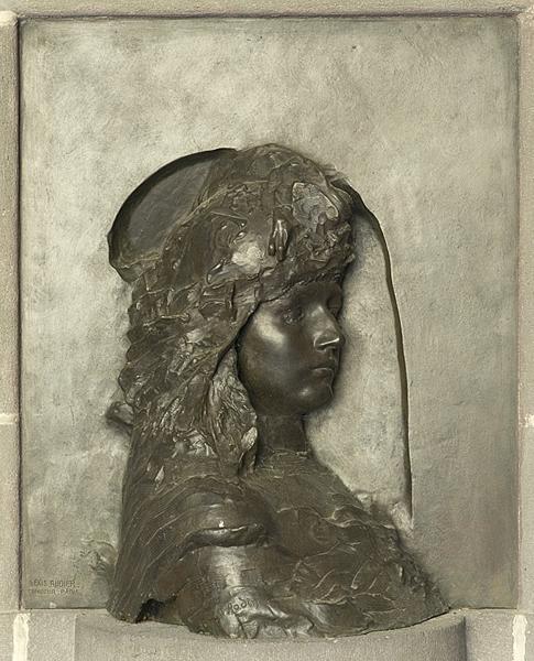 monument aux morts ; haut relief : Gallia Vitrix ou La France
