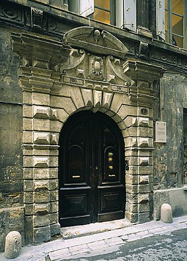 hôtel de Grilhe ; hôtel de Rochemore