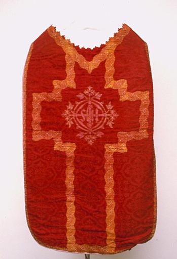 Chasuble ; étole (ornement rouge No 1)