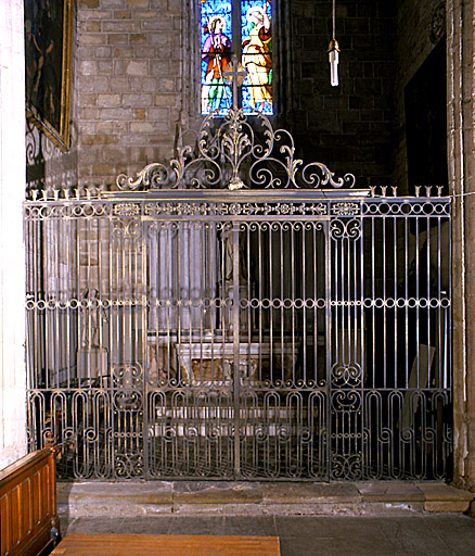 Clôtures de chapelle, garde-corps de tribune (grilles)