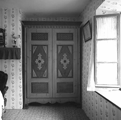 armoire No 4