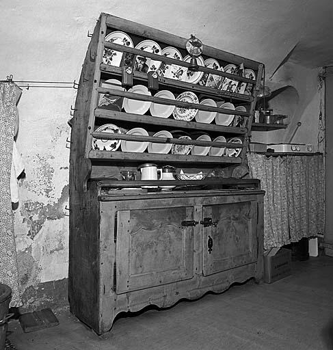 buffet ; vaisselier No 1
