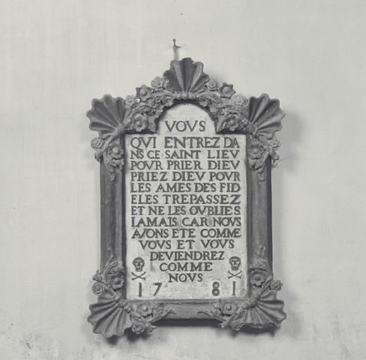 Tableau commémoratif des morts, tableau des âmes du purgatoire.