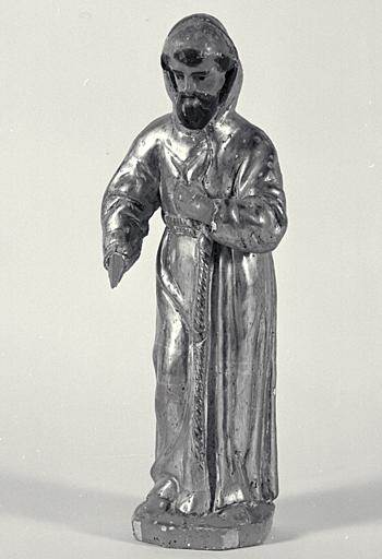 Ensemble du maître-autel (retable, 2 tabernacles, 2 gradins d'autel, 5 statues)