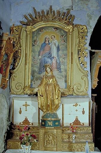 Ensemble de l'autel secondaire de la Vierge (tabernacle, 3 gradins d'autel, statue, retable)