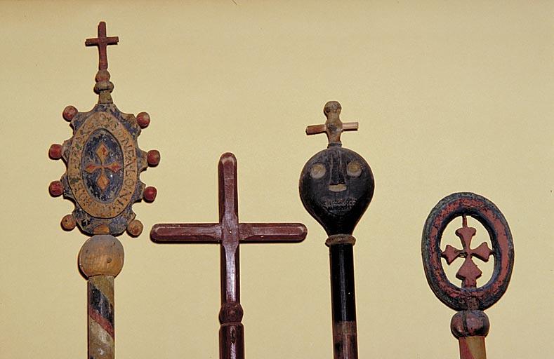 Bâton de procession (4) : de pénitent de la société de gonfalon, de confrérie